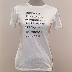 Week days graphic tee